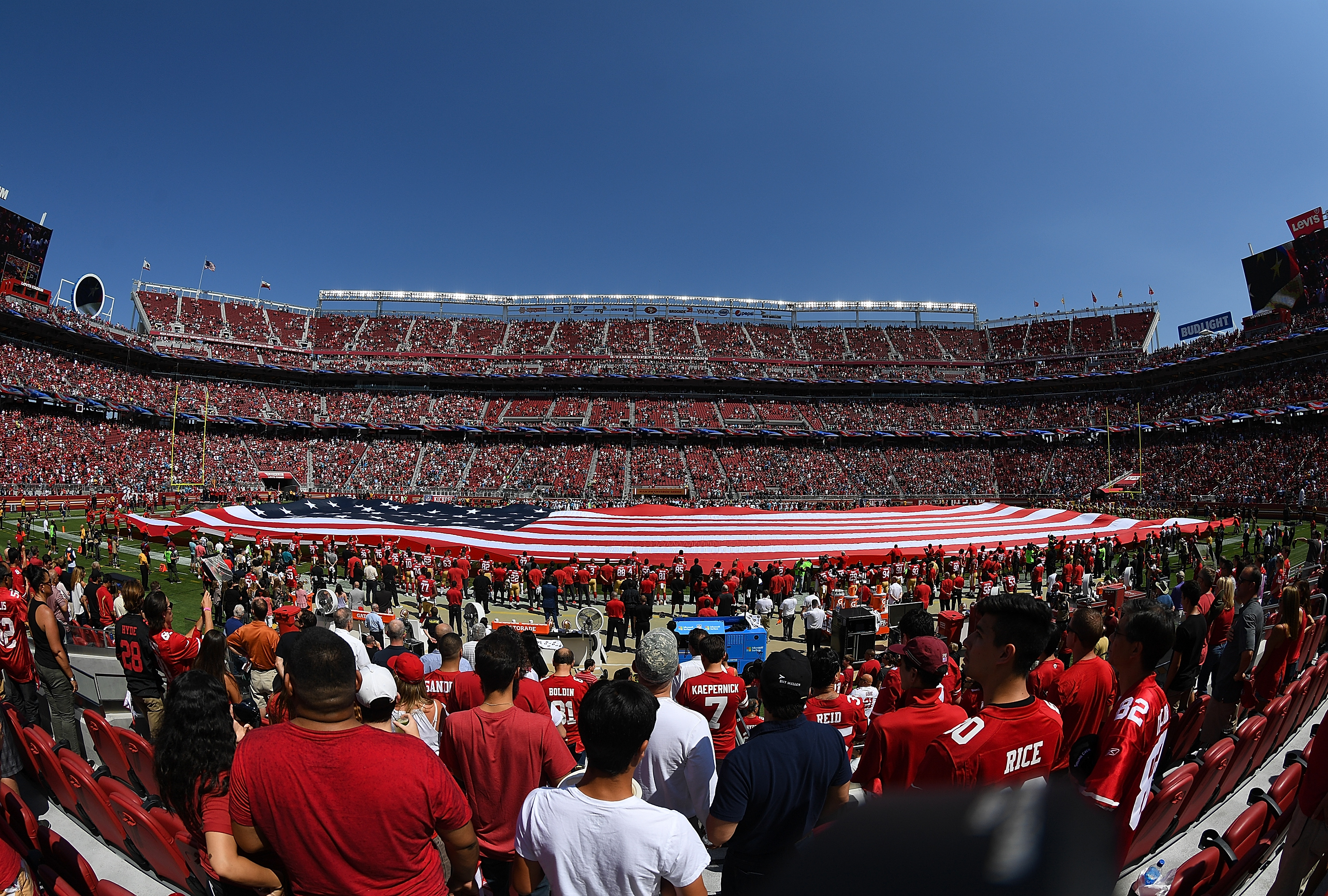Carolina Panthers run over San Francisco 49ers in opener
