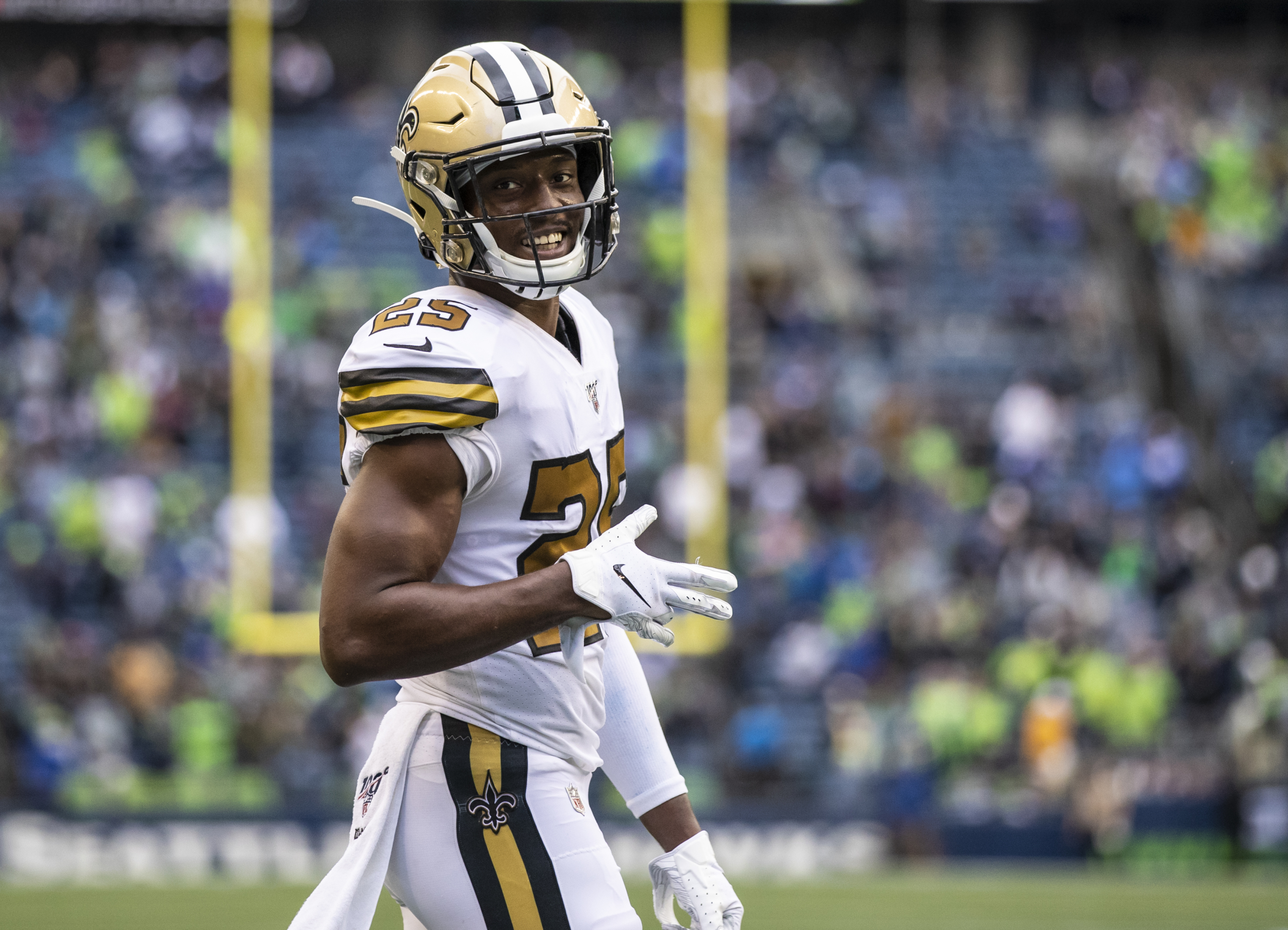 Carolina Panthers should take a chance on Eli Apple in free agency